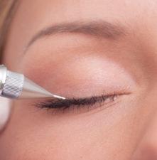 popraw kontur oczu