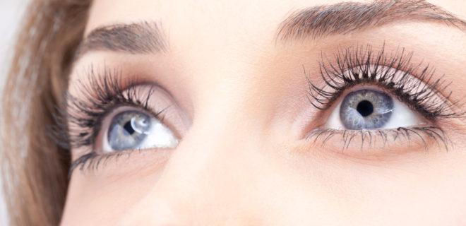 zabieg pielęgnacji opraw oczu