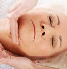 masaż relaksacyjny dla seniora