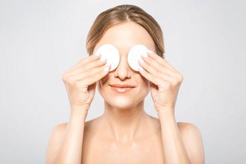 Oczyszczanie twarzy - demakijaż
