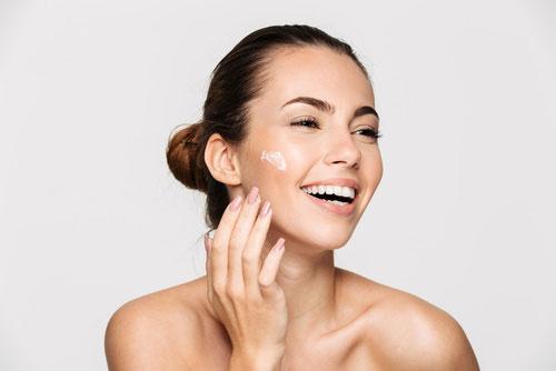 Zabezpieczenie skóry twarzy