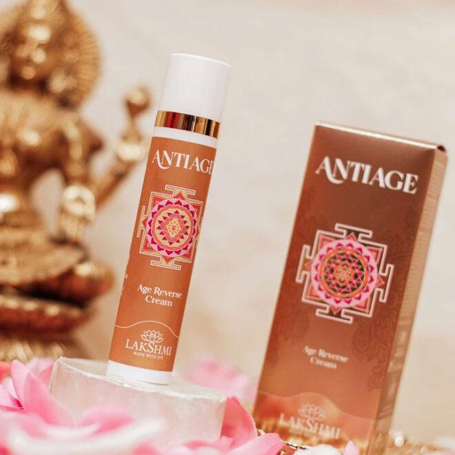 Lakshmi Anti Age AGE REVERSE - krem przeciwzmarszczkowy z magnolią